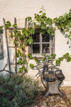 Alter Schmieder Fenster von Sergej Nickel