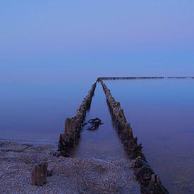 Stilleven aan het IJsselmeer van Wilco Berga