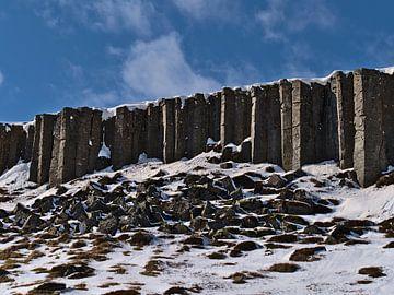 Basaltformaties van Gerðuberg van Timon Schneider