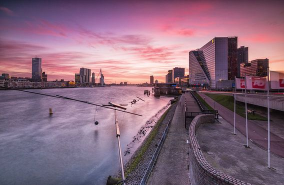 Zonsondergang Boompjes Rotterdam van Ilya Korzelius