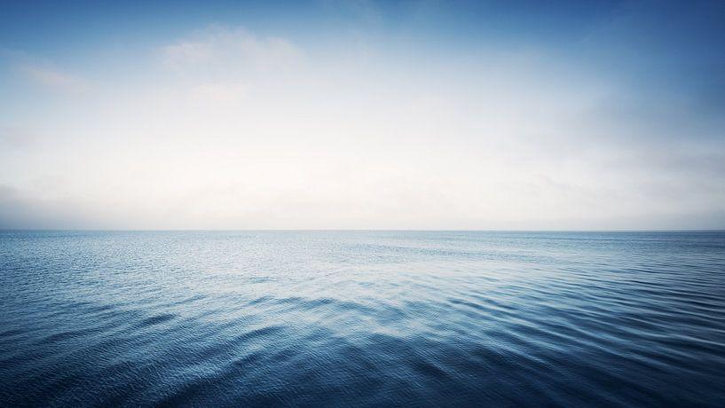 The Sea van Alexander Voss