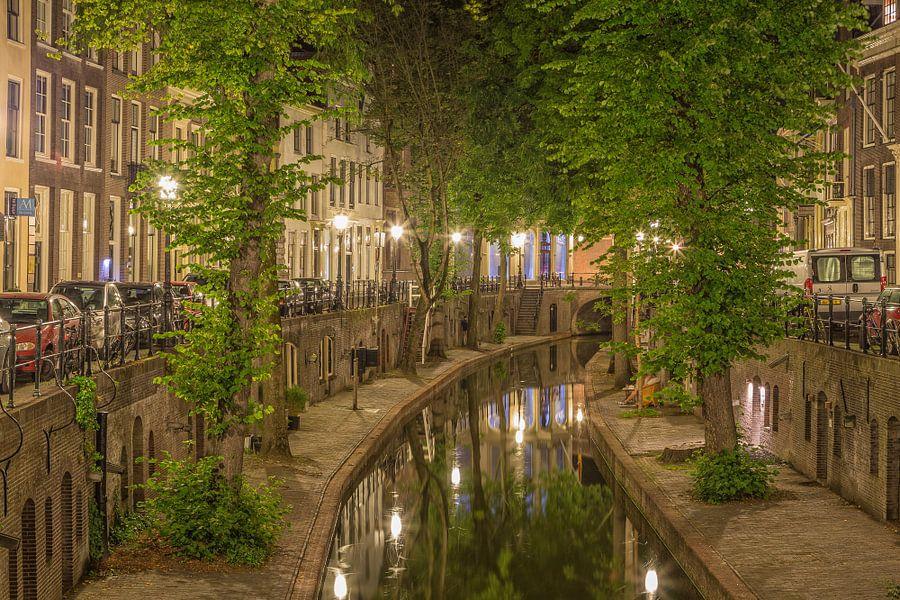Nieuwegracht in Utrecht in de avond - 4