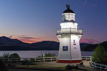Vuurtoren in de baai van Akaroa, Nieuw-Zeeland van Markus Lange