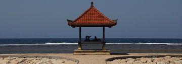 Strandleven op Bali (Indonesie) van Marilyn Bakker
