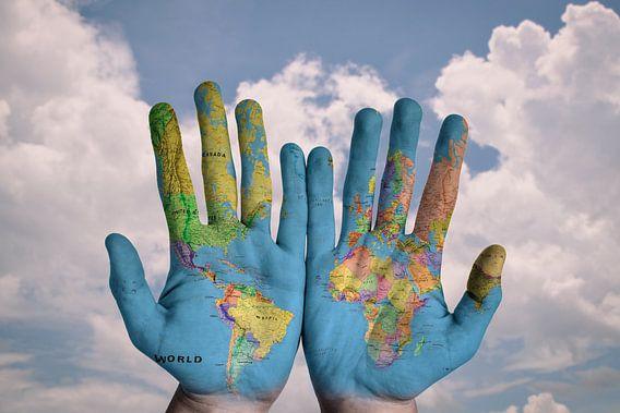 Wereld op twee Handen van World Maps