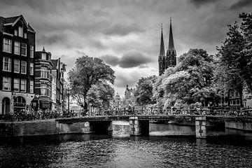 AMSTERDAM Singel | monochrome van Melanie Viola