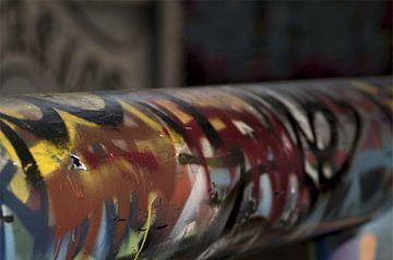 Graffiti farbiger Balken von Agnes Meijer