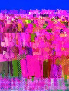 Lisse bloemen roze op blauw van Joost Hogervorst