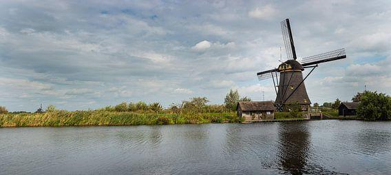 Panorama foto van de molen bij Kinderdijk