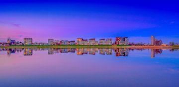 Deventer Skyline Pothoofd  in de avond van Han Kedde