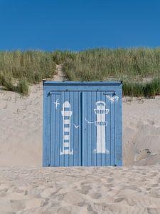 Porträt eines blauen Strandhauses von Mark Bolijn