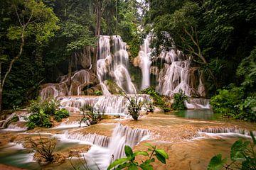 Kuang Si Wasserfälle von Cristina Vergara