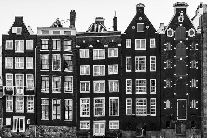 Huizen in Amsterdam / zwart  wit van Lorena Cirstea