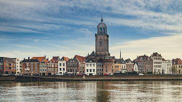 Deventer - IJsselkade (2018) -2 von Rob van der Pijll