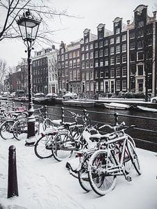 Amsterdam in de sneeuw van Steven Schmitz