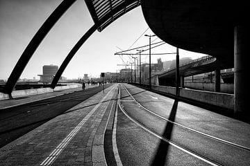 De Oostkant van het Centraal Station in Amsterdam. van Don Fonzarelli