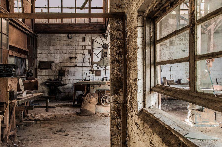 In de timmerfabriek - II van Anjolie Deguelle