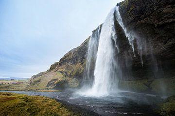 Seljalandsfoss waterval IJsland van René Schotanus