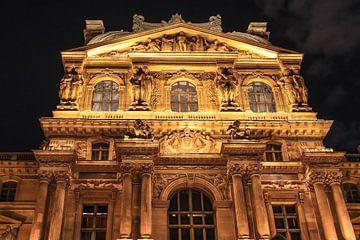 Musée du Louvre bij nacht, Parijs van Christian Müringer