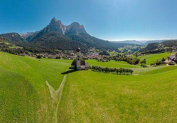 Sankt Valentin kirche, Seis am Schlern, Südtirol - Alto Adige, Italy von