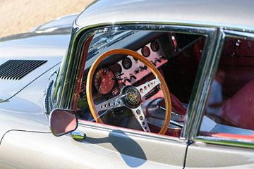 Tableau de bord Jaguar coupé sport Jaguar de type E sur Sjoerd van der Wal