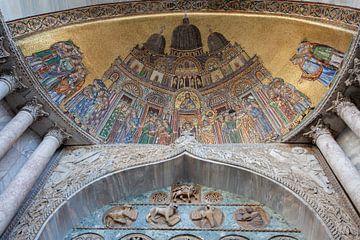 Mozaiek van Sint Marc Basiliek in Venetie, Italie van Joost Adriaanse