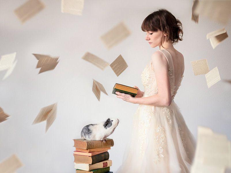 Cavia meisje boeken lezen van Marloes van Antwerpen