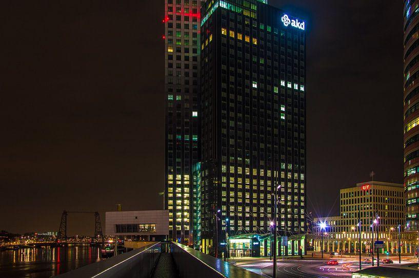 Rotterdam Maastoren nightview van Marco Faasse