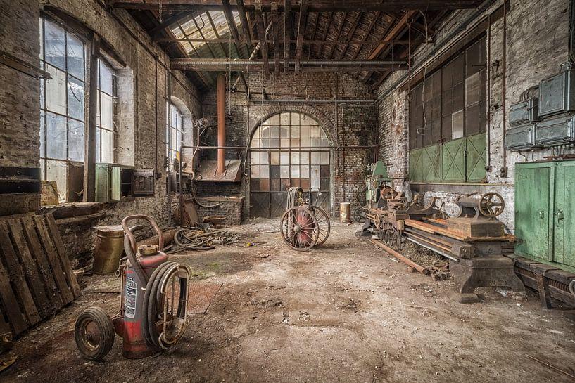 The Factory.. van Cindy van Hartingsveldt