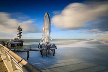 Riesenrad und Wachturm auf der Mole von Scheveningen von gaps photography