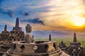 Borobudur 'Meditation' bij zonsondergang van Eduard Lamping