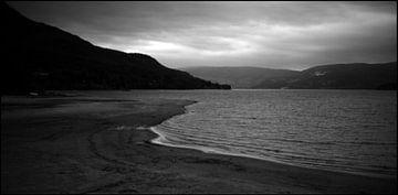 Strand in Noorwegen van Rob van Dam