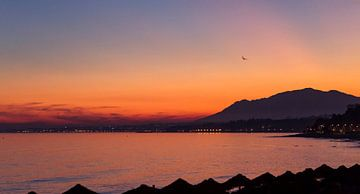 Sunset Marbella, Spanje.  van Robin Hartog