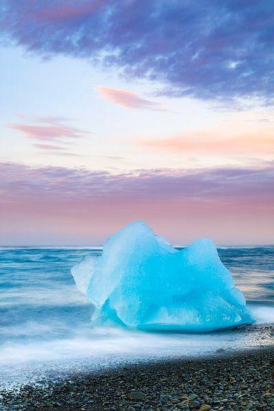 keien van gletsjerijs van Daniela Beyer