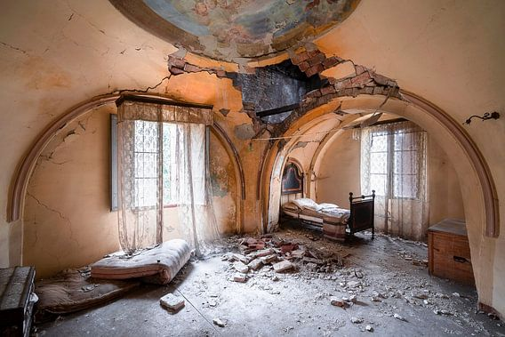 Verlaten Slaapkamer in Verval.