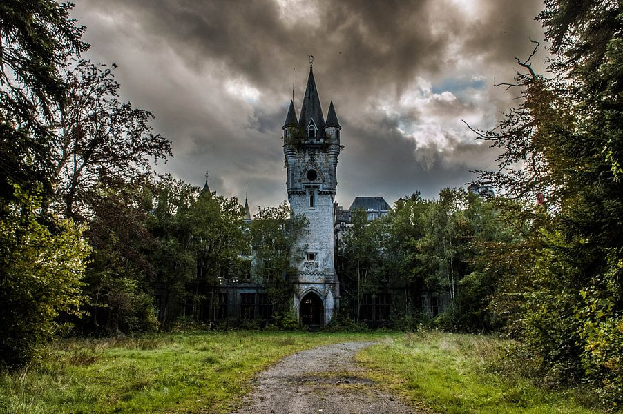 Chateau Noisy - I