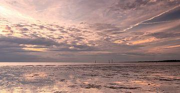 Strand Hellevoetsluis Sonnenuntergang von Marjolein van Middelkoop