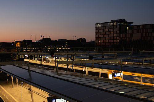 Zonsondergang boven Utrecht Centraal