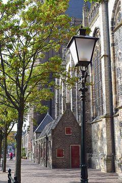 De Pottenkade in Dordrecht, naast de Grote Kerk van Nicolette Vermeulen