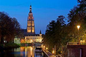Nachtfoto Grote kerk Breda