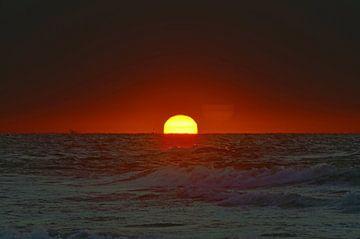 Zonsondergang op Ameland van Ron van der Meer