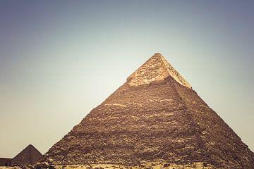 De Piramides in Gizeh 06 van FotoDennis.com