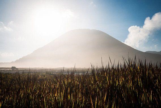 Mount Bromo Vulkaan - Oost-Java, Indonesië van Martijn Smeets
