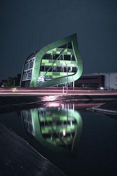 apeldoorn logo bâtiment bâtiment feuille de construction nuit sur vedar cvetanovic