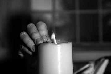 het licht van de paaskaars sur anne droogsma