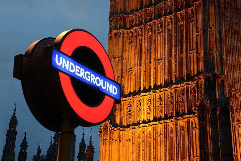 Londen, underground sur Rene Mensen