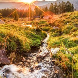 """Berglandschap """"Zonsondergang in de bergen""""  van Coen Weesjes"""