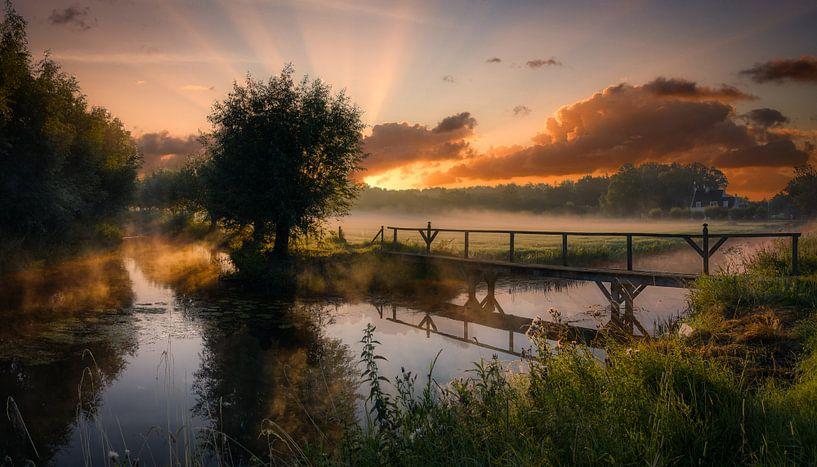 Een adembenemend mooie zonsopkomst op de Utrechtse Heuvelrug van Mart Houtman
