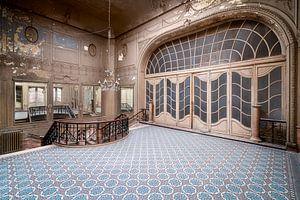 Théâtre Art-Nouveau abandonné.