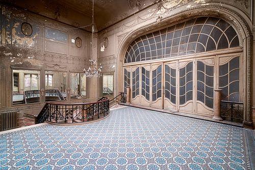 Verlaten Art-Nouveau Theater.